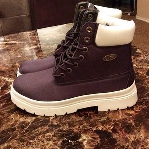 Lugz navy blue and white boots